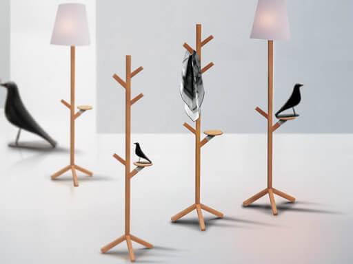 Mẫu đèn trang trí quán cafe bằng móc treo quần áo