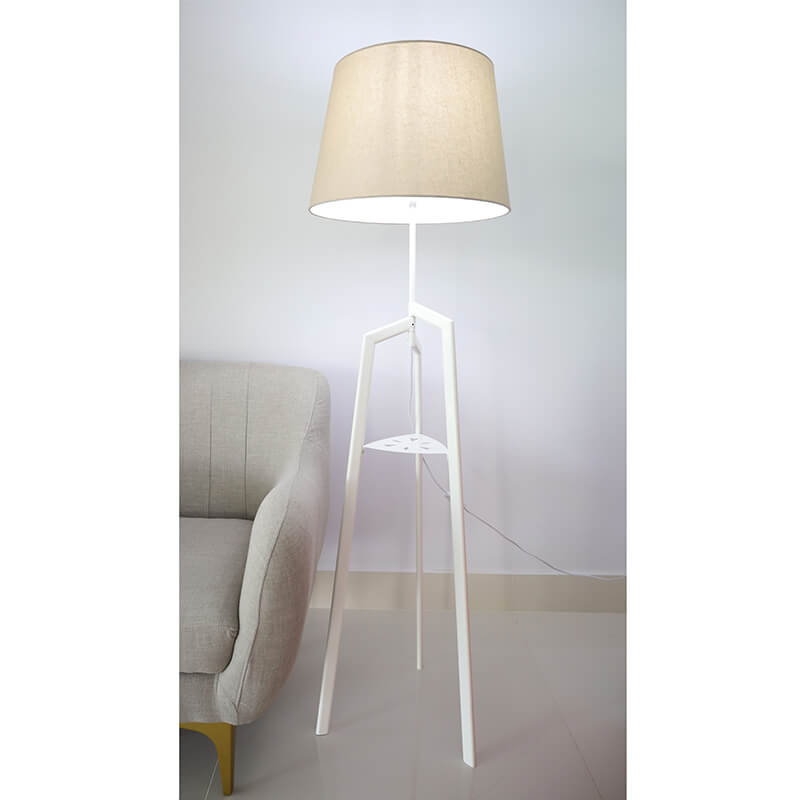 Đèn cây đứng TKC01
