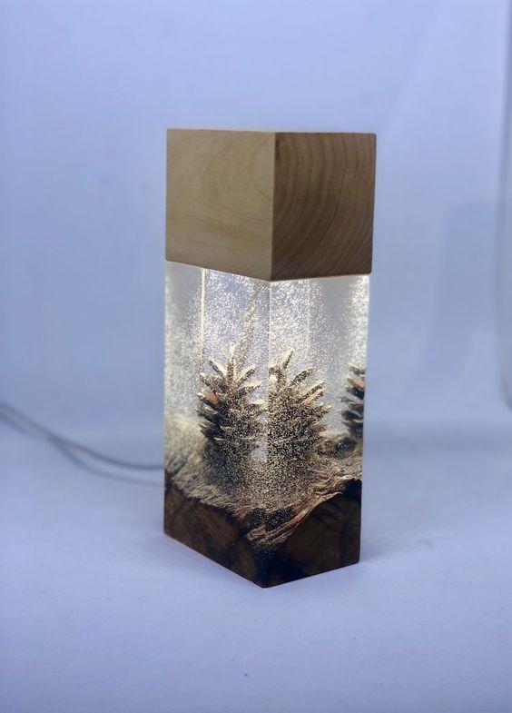 làm đèn ngủ bằng gỗ để bàn với epoxy và gỗ